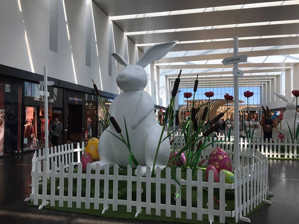 Réalisation-création-décors-sur-mesure-Pâques-centres-commerciaux