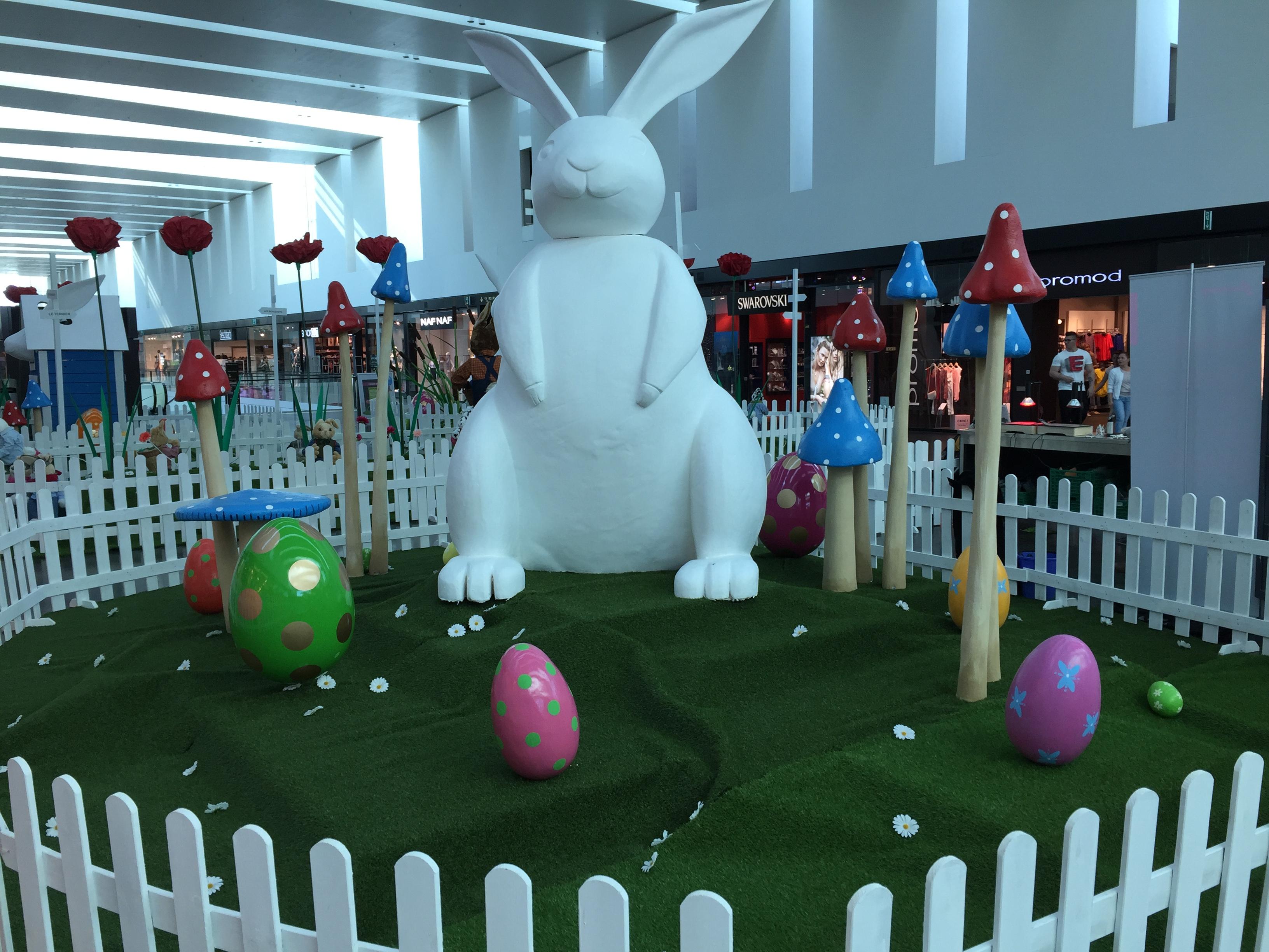 Création-décor-sur-mesure-Pâques-centres-commerciaux
