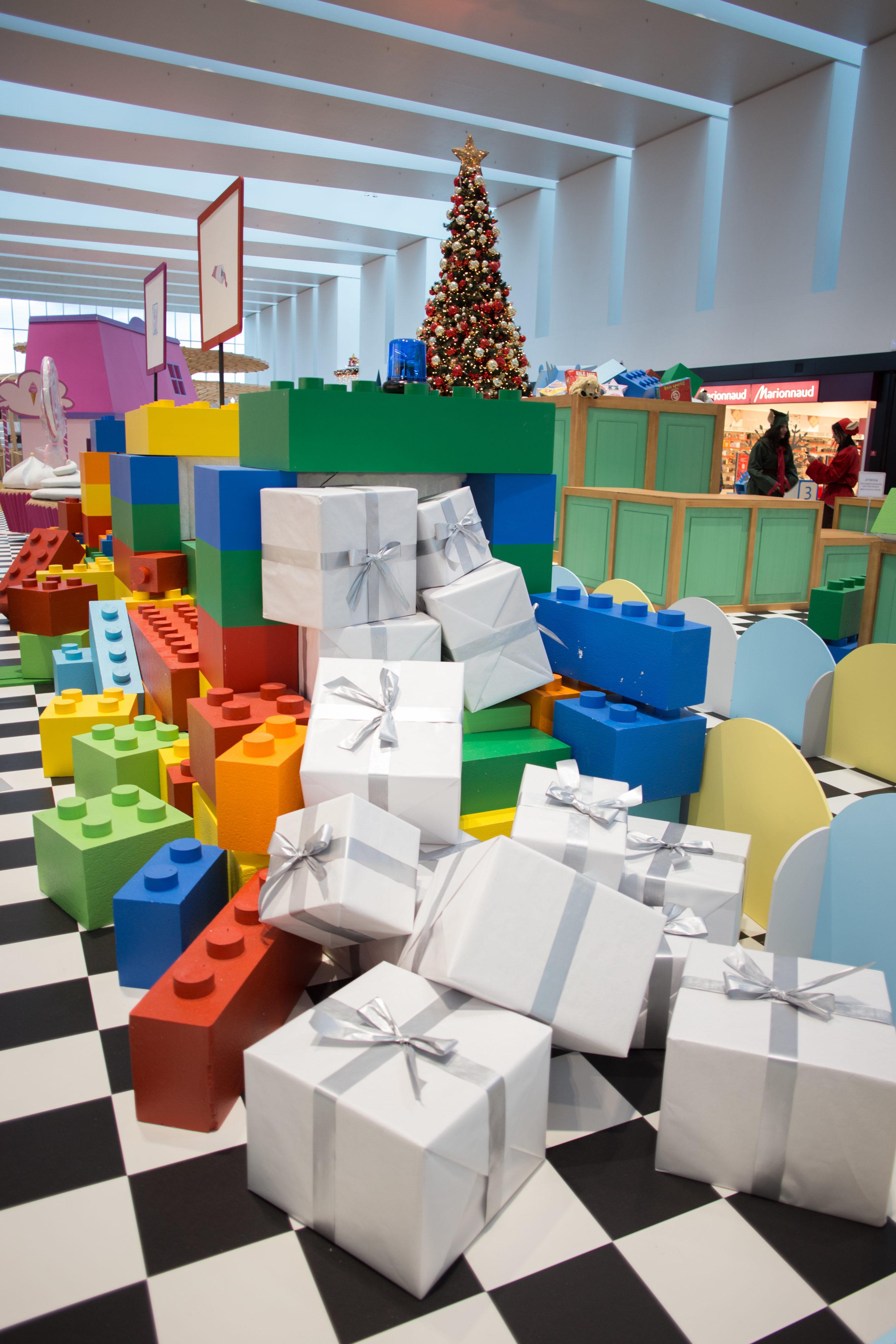 Création-paquets-cadeaux-tapis-roulant